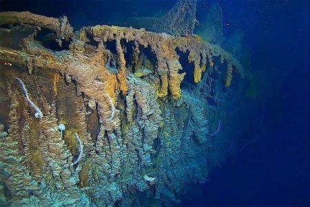 Aiuto, il Titanic naufraga ancora: ma questa volta negli abissi dell'Oceano. Ecco il video del disastro