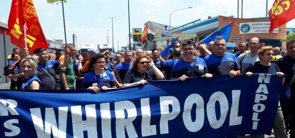 Whirpool, la beffa del decreto: fondi insufficienti, tornano i licenziamenti