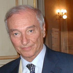 """A Matera  il premio """"I Sassi d'Oro"""" alla carriera a Piero Angela"""