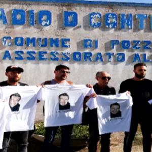 Il dramma degli agenti uccisi: a Pozzuoli lutto cittadino per i funerali di Pierluigi Rotta