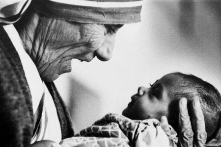 Video-Doc. Le grandi donne della storia: 40 anni fa il Nobel a Madre Teresa di Calcutta