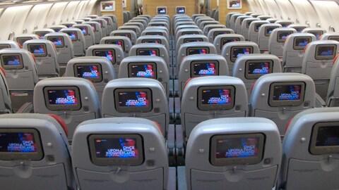 Alitalia, scontro con Bruxelles. E le casse della compagnia sono vuote