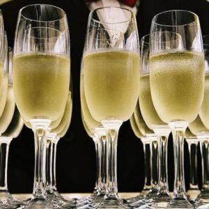 Per le feste di fine anno stapperemo 74 milioni di bottiglie di spumante