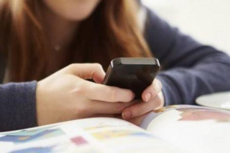 Sexting per uno studente su due a Bari e provincia