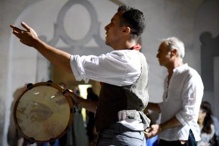 Viaggio nelle favole della tradizione campana, all'Arca's Teatro è di scena Lo Polece
