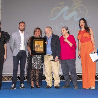 """Pupi Avanti ritira il premio Troisi e annuncia: """"Sto girando il mio 51° film"""""""