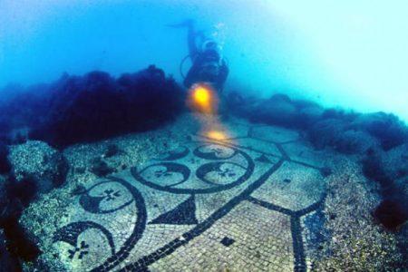 I gioielli del Sud. A Baia scoperto un nuovo mosaico sommerso