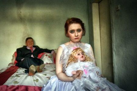Spose bambine, così sono violati i diritti dell'infanzia