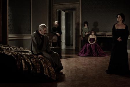 """""""Il Re Muore"""" di Laura Angiulli in concorso al Taormina Film Fest"""