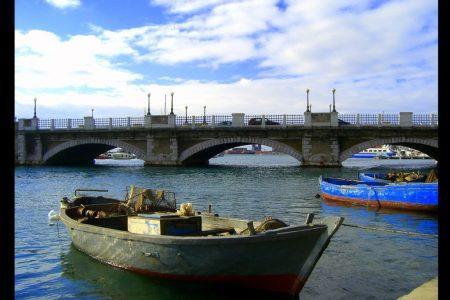 Taranto dal mare, spettacolo nello spettacolo
