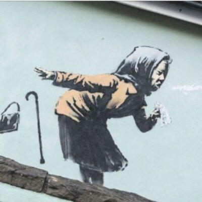 Il nuovo murales di Banksy è uno starnuto